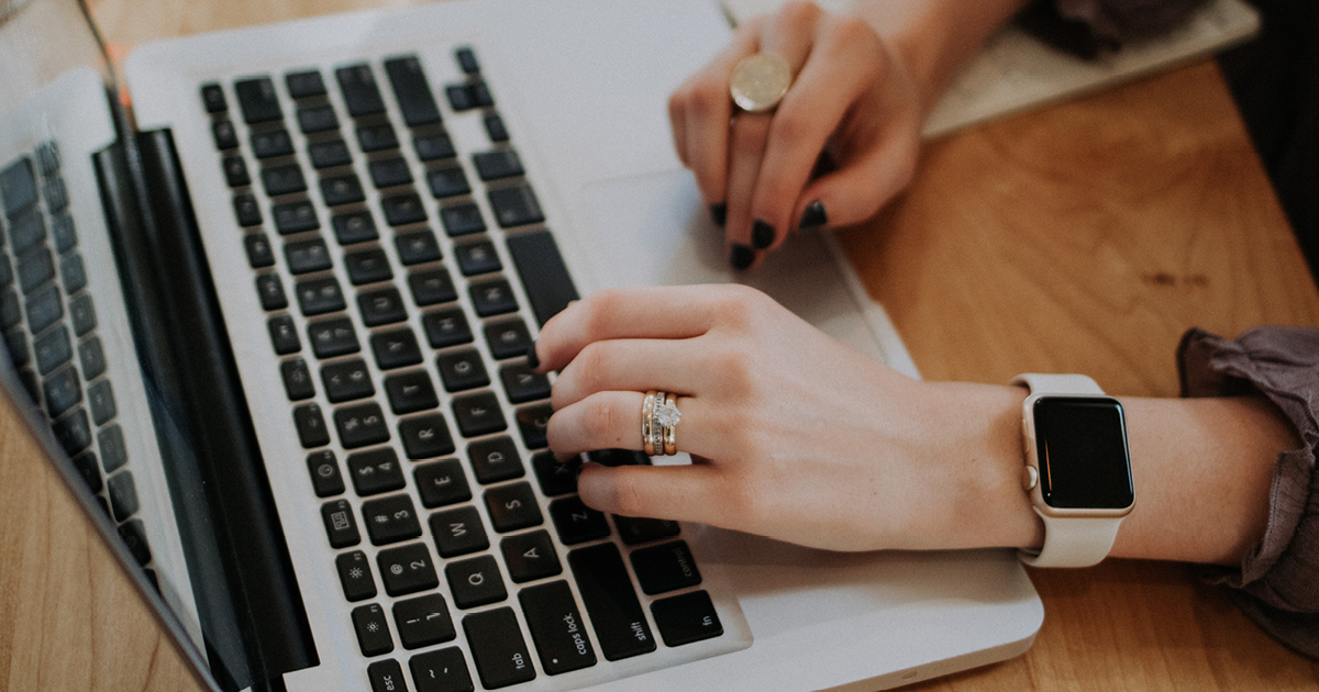 Studeertips - Wat is het verschil tussen een voorwoord en een inleiding?